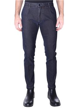 Jeans re-hash mucha BLU